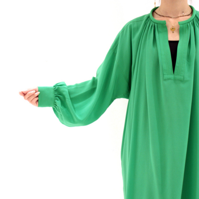 sui_indress_r169_green-s-04-dl.jpg